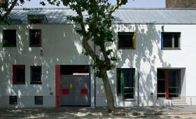 """Glove Factory Community Center / """"Kesztyűgyár"""" Közösségi Ház <br>Budapest, Mátyás sqr / tér"""